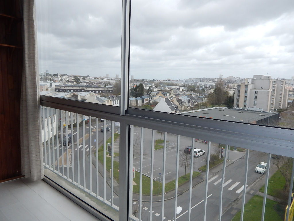 BREST RIVE GAUCHE KERMENGUY BEL APPARTEMENT T4 SANS VIS A VIS PARKING PRIVE